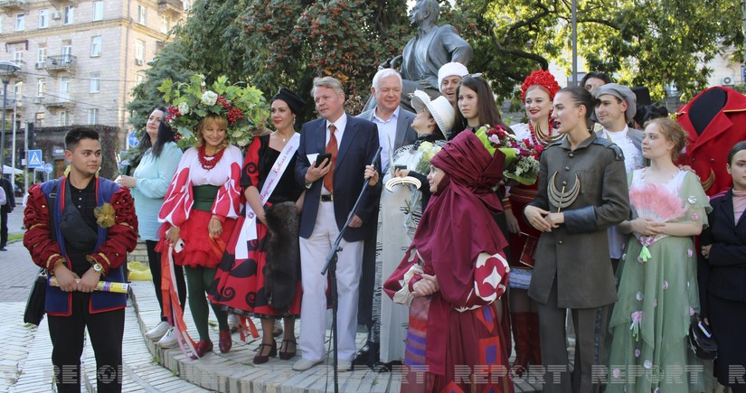 Actress starring in Azerbaijani film awarded in Kyiv