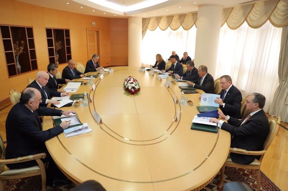 Глава МИД Азербайджана принимает участие на заседании СМИД стран СНГ в Ашхабаде