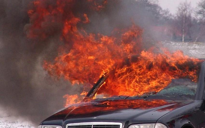 Siyəzəndə VAZ, Beyləqanda Mercedes yanıb