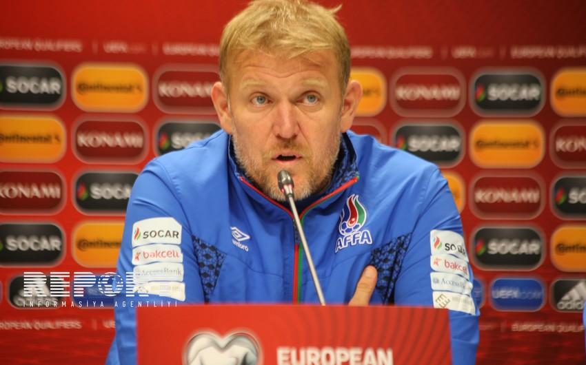 Robert Prosineçki: Ümid edirəm ki, Cavid yenidən futbola qayıdacaq