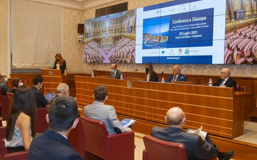 İtaliya Senatında Ermənistanın mülki əhaliyə qarşı törətdiyi cinayətlərdən danışılıb