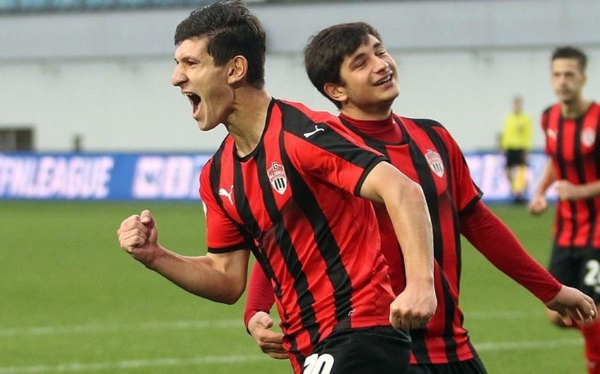 Azərbaycanlı futbolçunun komandası Premyer Liqaya yüksəldi