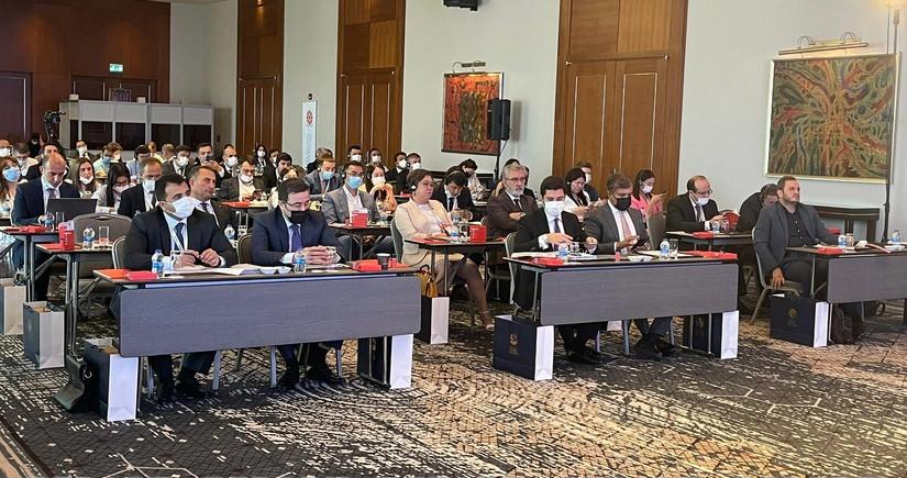"""İstanbulda """"Türk Şurası sosial media tədris proqramı"""" mövzusunda təlim proqramı keçirilir"""