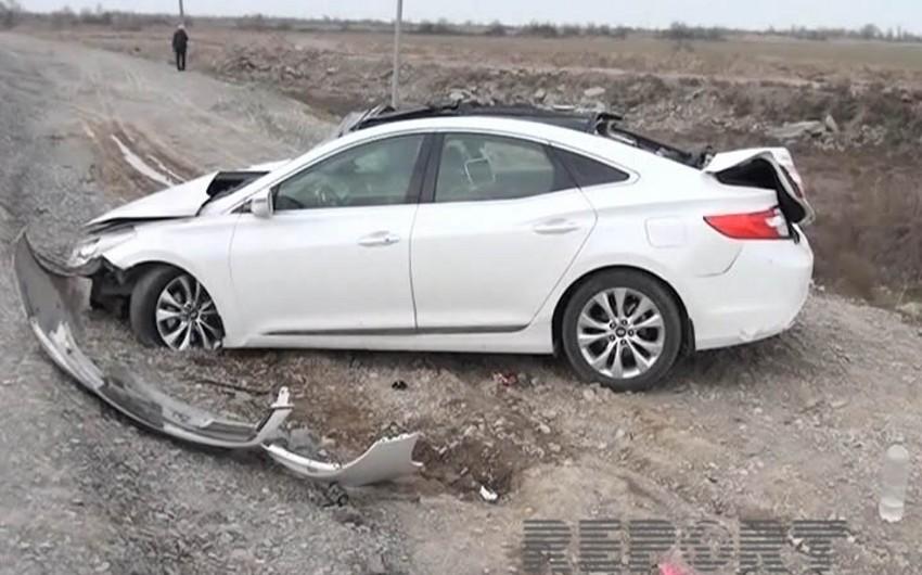 Kürdəmirdə avtomobil aşıb, iki qadın xəsarət alıb - FOTO