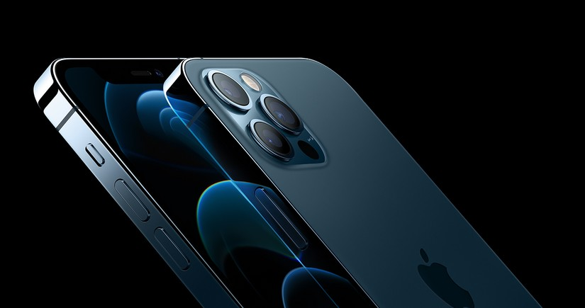 iPhone 14 to be made of titanium