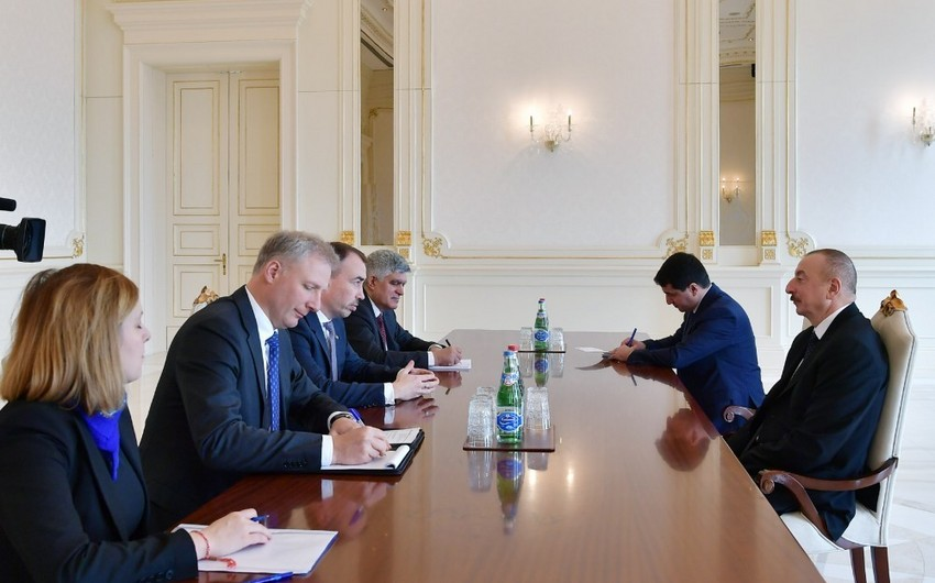 President Ilham Aliyev receives European Union delegation