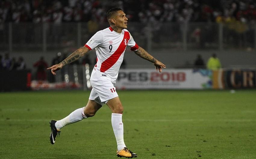 ФИФА на год дисквалифицировала капитана сборной Перу