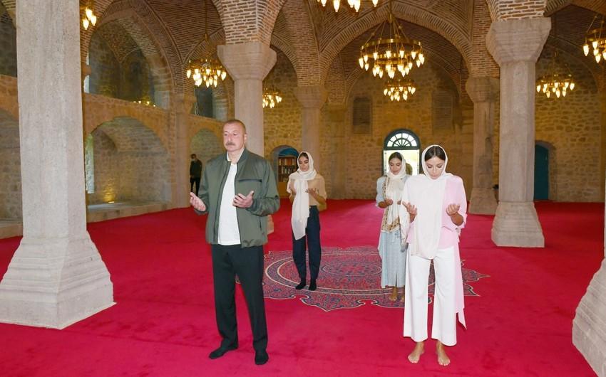 President Ilham Aliyev visits Yukhari Govharagha mosque in Shusha