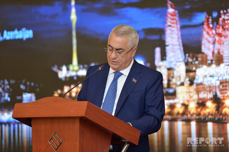 Джавид Гурбанов: Железная дорога Баку-Тбилиси-Карс полностью готова