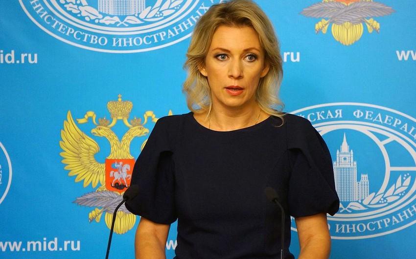 Захарова: Россия продолжает оказывать усилия по деэскалации ситуации на армяно-азербайджанской границе