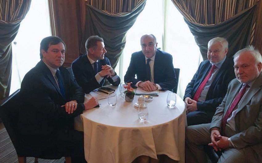 Elmar Mammadyarov met with OSCE MG Co-Chairs in Paris - UPDATED