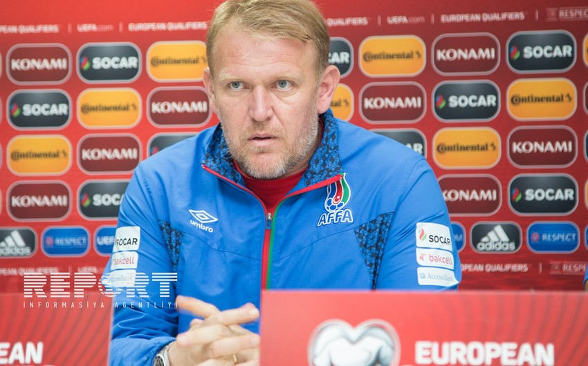Prosinecki chooses best player and coach of 2016