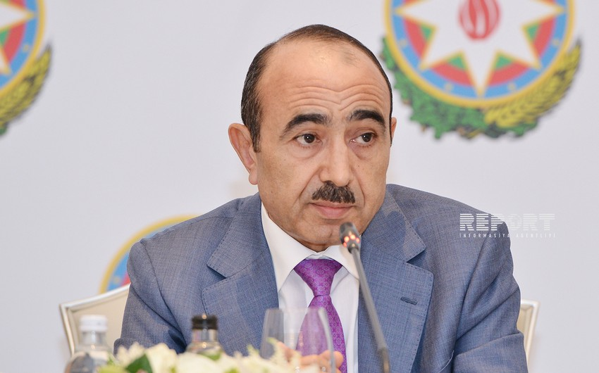 Али Гасанов: Азербайджан - демократическое светское государство