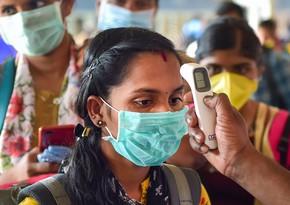Власти Индии призвали носить маски дома