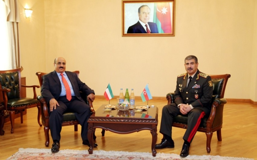 Azerbaijani Defense Minister meets with Kuwaiti Ambassador