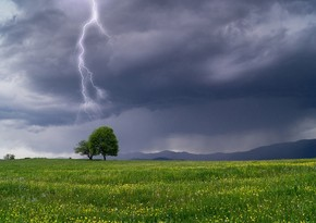 Ölkənin bəzi ərazilərində şimşək çaxıb, yağış yağıb - FAKTİKİ HAVA