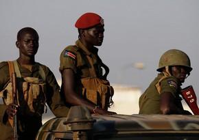В ходе столкновений в столице Судана 12 человек получили ранения