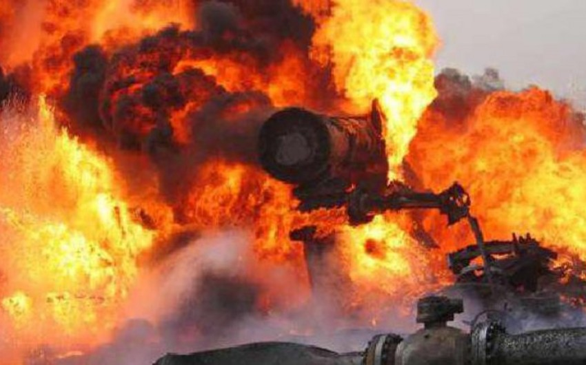 Fire from explosion on a gas pipeline in Iran localized