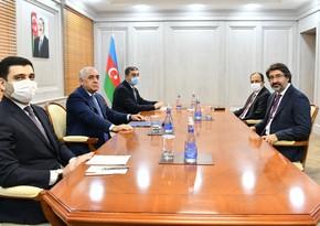 Али Асадов встретился с председателем правления Ассоциации банков Турции