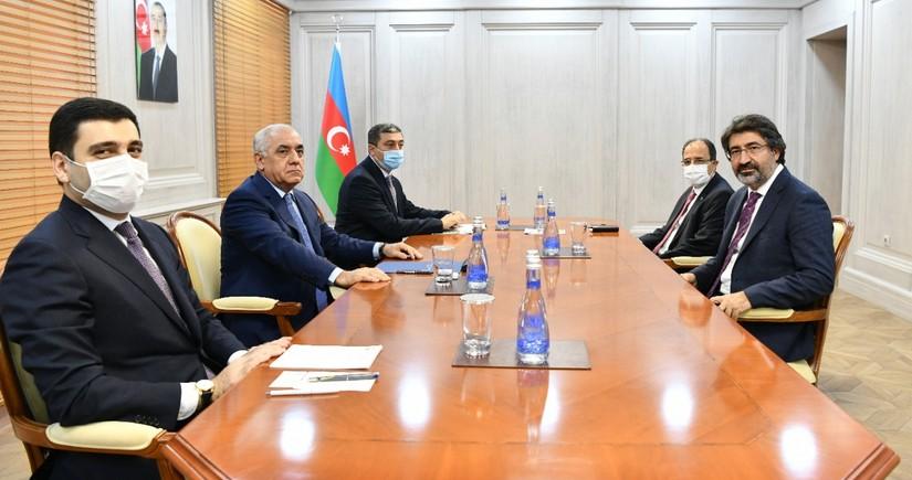 Azerbaijani premier meets Turkish Banks Association Board Chairman