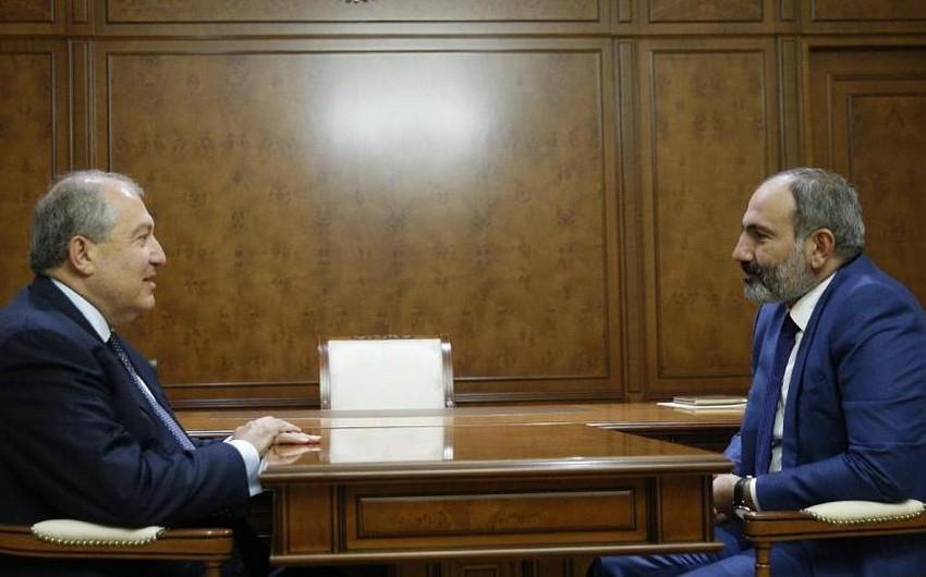 Paşinyan və Sarkisyan  -
