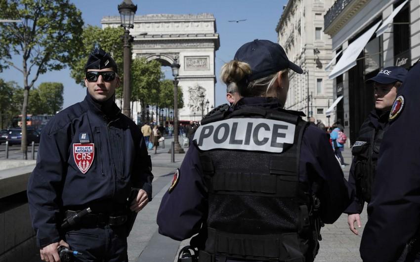 Fransada karantin rejimini pozan on minlərlə insan cərimələndi