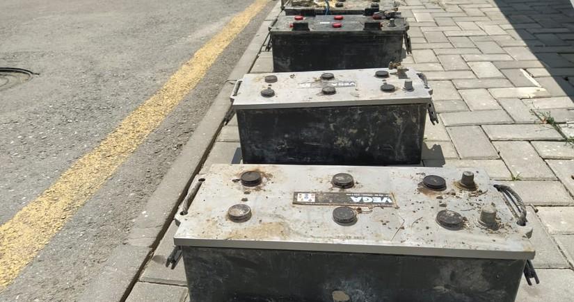 Polis akkumulyator oğrularını saxlayıb