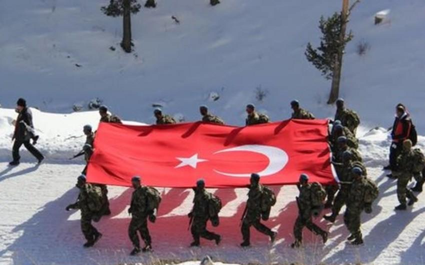 Türkiyə öz hərbçilərinə Rusiyada istirahəti qadağan edib