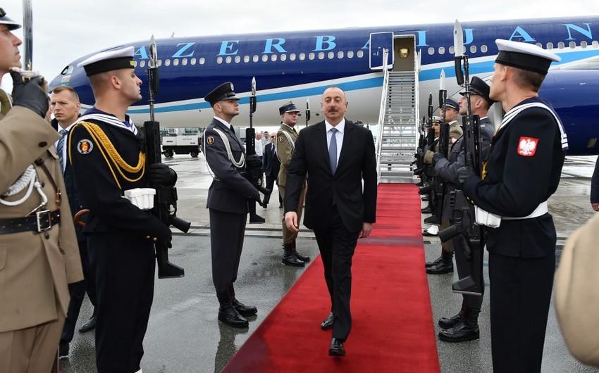 Prezident İlham Əliyev Polşaya rəsmi səfərə gedib