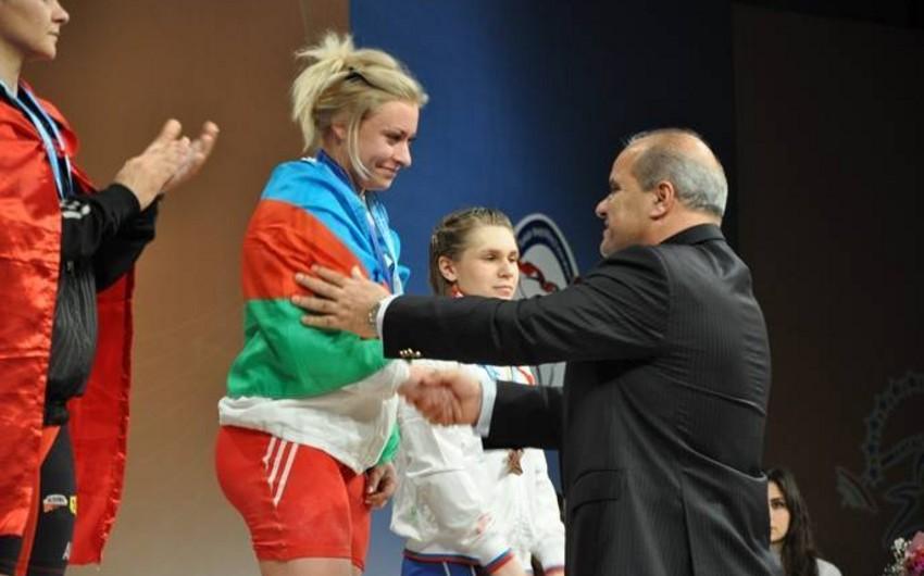 Azərbaycan ağırlıqqaldıranları Yay Olimpiya Oyunlarına qazanılan 2 lisenziyadan məhrum edilib