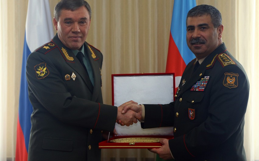 Azerbaijani Defence Minister met with Head of Russian General Staff