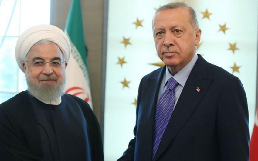 Türkiyə və İran prezidentləri arasında telefon danışığı olub