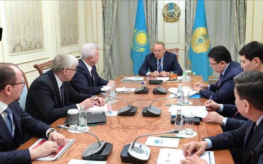 """Qazaxıstan Prezidenti """"Lukoil""""in başçısı ilə görüşüb"""