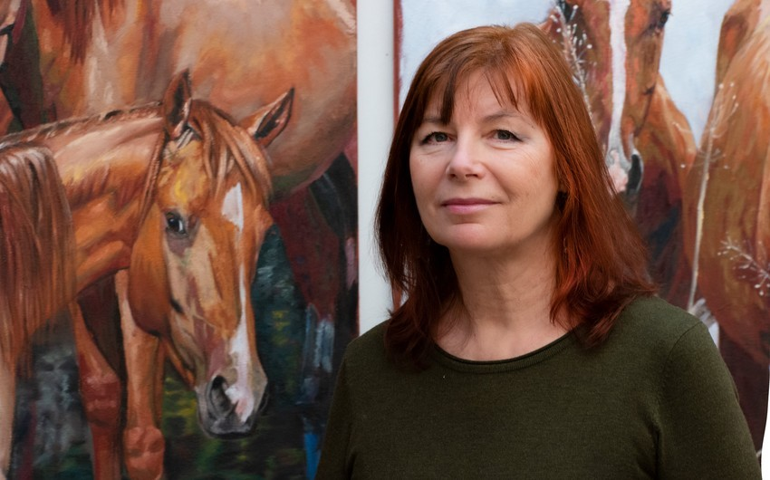 Латвийская художница: Грация карабахских лошадей очаровала меня
