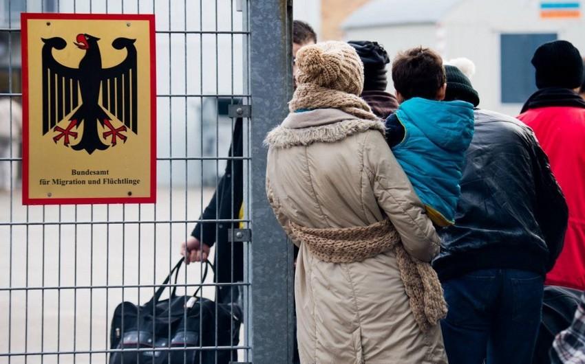Almaniyada sığınacaq axtaranlar - indi saxtakarların heç bir hoqqası keçmir - ARAŞDIRMA