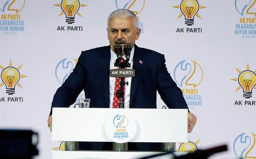 Binəli Yıldırım Türkiyənin hakim partiyasının yeni sədri seçilib