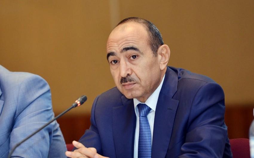 Əli Həsənov: Azərbaycan qısa müddət ərzində torpaqları işğaldan azad etmək imkanına malikdir