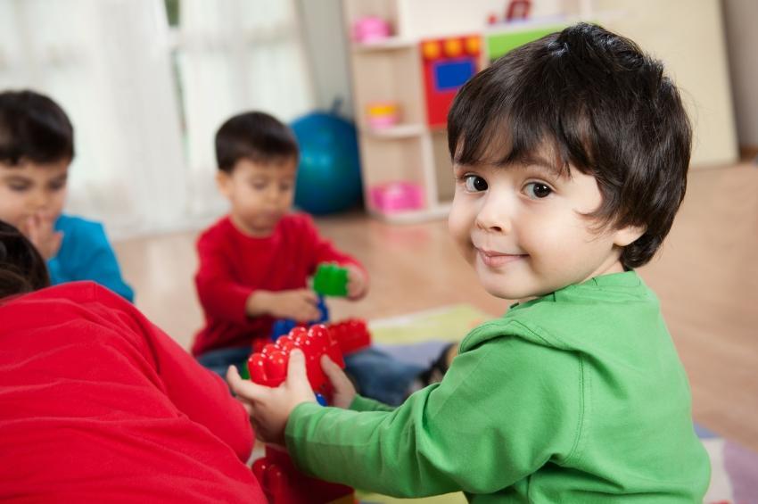Ombudsman: Uşaq bağçaları Təhsil Nazirliyinin tabeliyinə qaytarılmalıdır