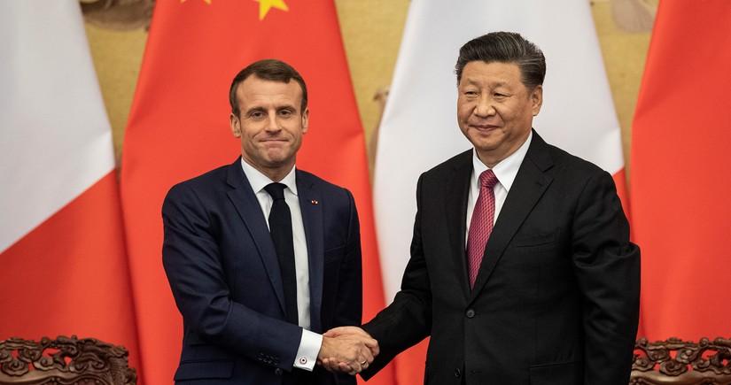 Макрон и Си Цзиньпин обсудили ситуацию в Афганистане