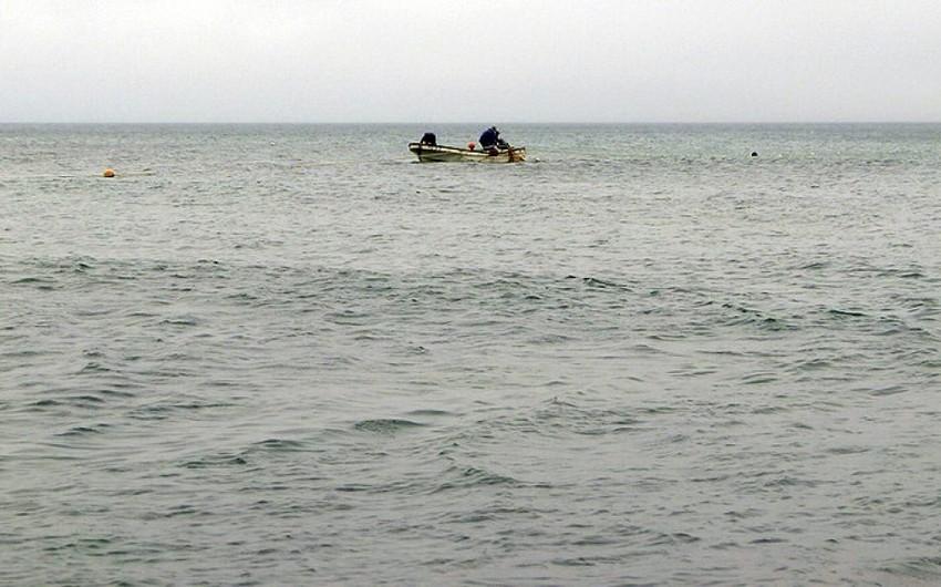 Su Polisi Xəzərdə köməksiz qalmış balıqçıları xilas edib - YENİLƏNİB