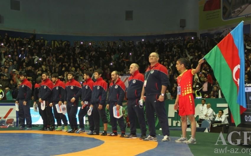 Сборная Азербайджана по вольной борьбе завоевала на Кубке мира бронзовую медаль