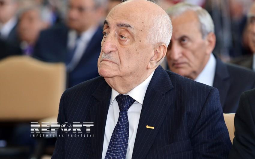 Хошбахт Юсифзаде: Благодаря нефтяной стратегии Азербайджан превратился в сильное государство Кавказского региона