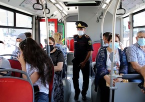 В Баку ужесточен контроль в закрытых помещениях и общественном транспорте