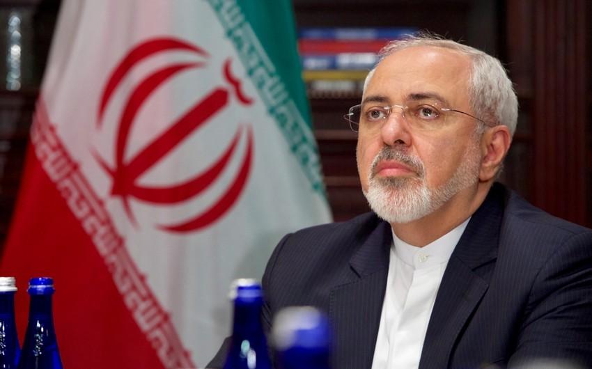 Talks between Iranian, Armenian FMs get underway