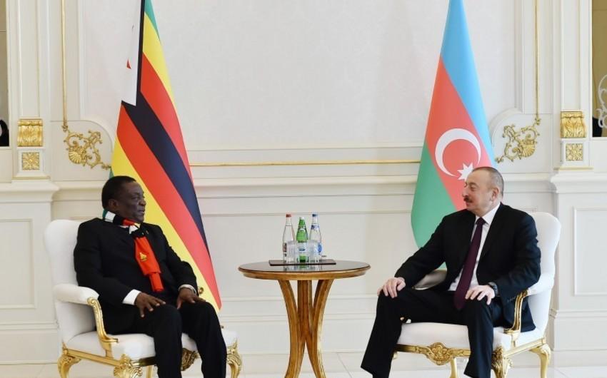 Prezident İlham Əliyev: Azərbaycan Zimbabve ilə münasibətlərini inkişaf etdirmək istəyir