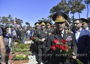 Azerbaijani Defense Minister: Supreme Commander-in-Chief touched upon very serious issues
