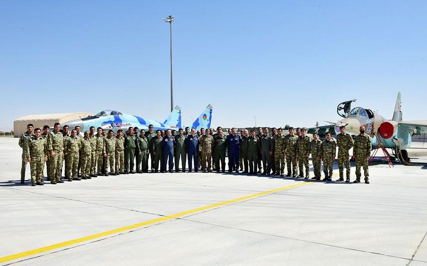 Azərbaycanın hərbi attaşesi TurAz Şahini-2021 təlimlərində iştirak edən şəxsi heyətlə görüşüb