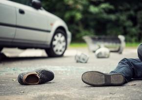 Bakıda gənc oğlanı avtomobil vurdu