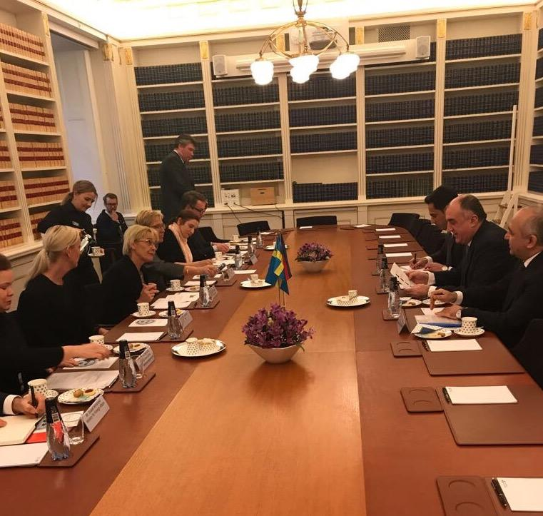 Эльмар Мамедъяров встретился с первым вице-спикером шведского парламента