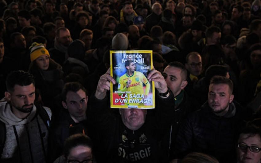 На матче чемпионата Франции почтят память погибшего при авиакатастрофе футболиста